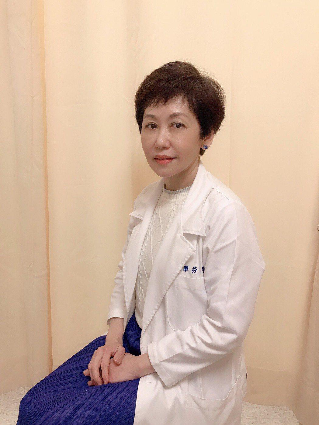 新光醫院一般外科主任、乳房中心主任鄭翠芬醫師說,「CDK46口服新藥的出現,打破...