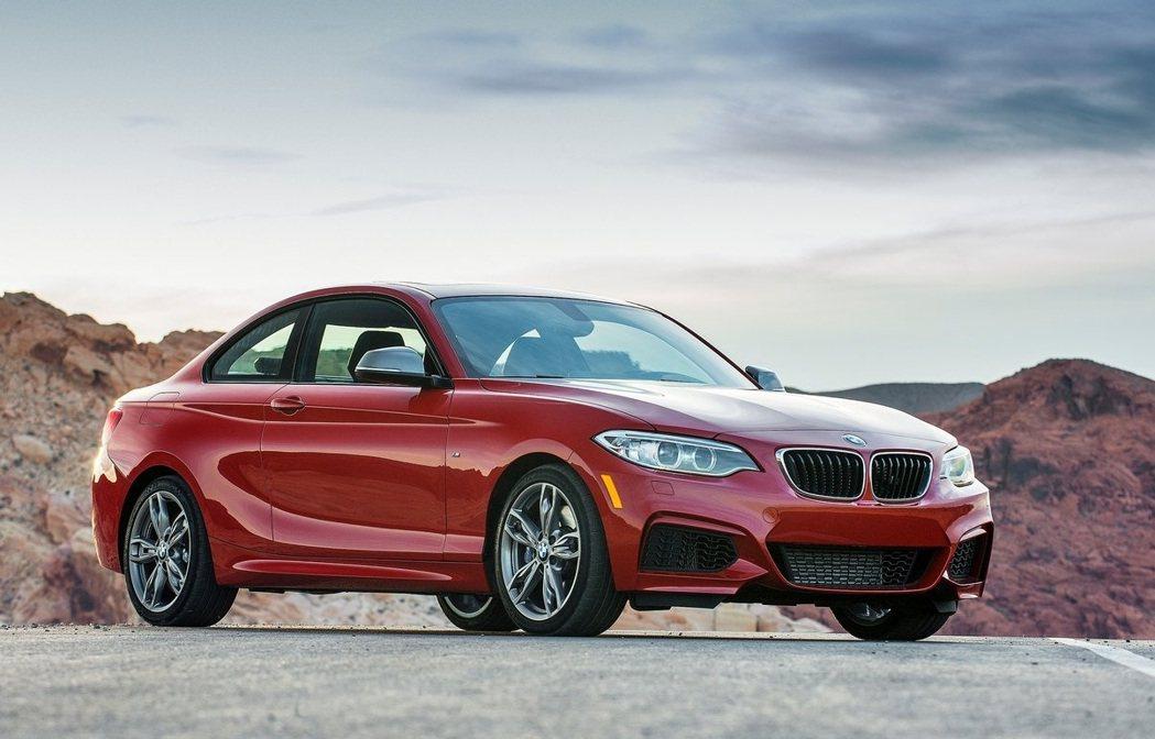 現行款BMW M240i Coupe。 摘自BMW