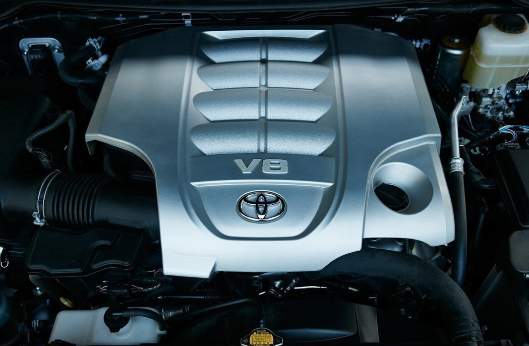 代號3UR-FE的5.7升V8引擎將成絕響。 摘自Toyota