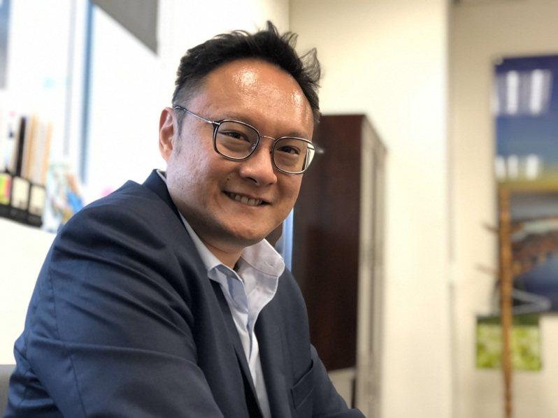 高雄市新聞局長鄭照新說,台南市長黃偉哲措辭雖然強烈,卻也道出地方政府共同擔憂,台南、高雄是雙子城,地方政府身處基層民眾與中央決策的夾心,確實難為。本報資料照片