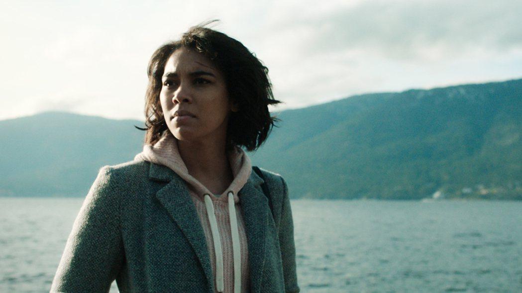 「觸不到的愛」5月8日上映。圖/威視提供