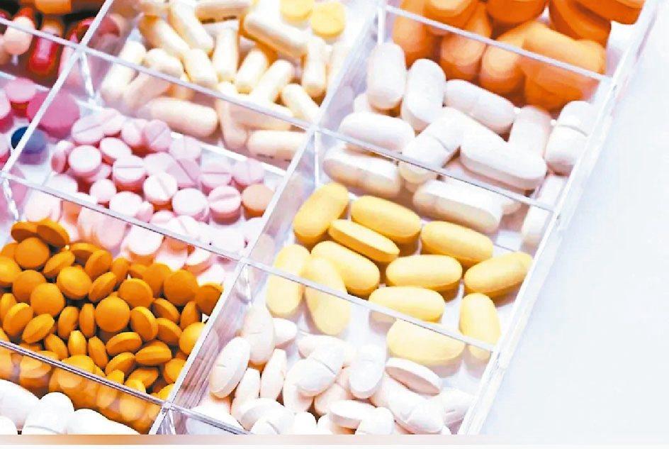 部分安眠藥可能導致夢遊,食藥署要求醫師謹慎用藥。 本報資料照片