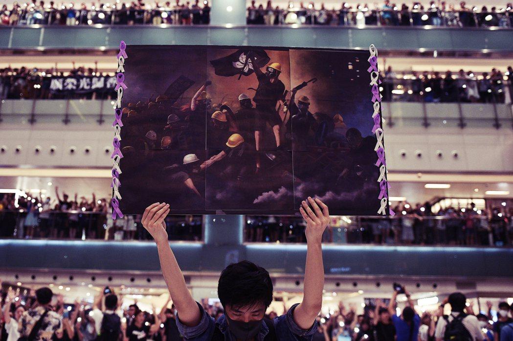 「香港民主之路已死,一國兩制已亡。」圖為2020世界新聞攝影大賽得獎作品,《法新...