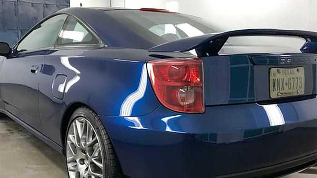 這輛Toyota Celica V8也換上了18吋Lexus F-Sport的圈...