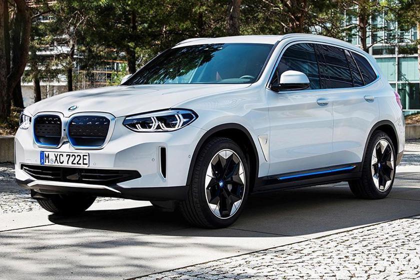 疑似是量產版的BMW iX3高清露出! 圖/截自cochespias Insta...