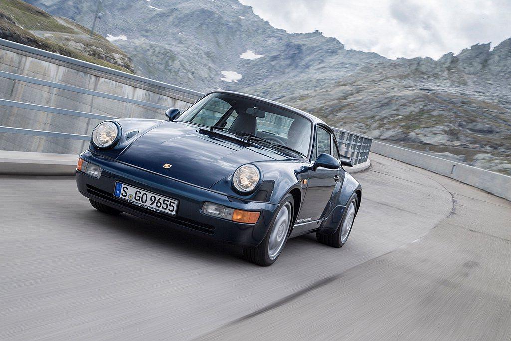 電影《絕地戰警》(Bad Boys)中的保時捷911 Turbo(Type 96...