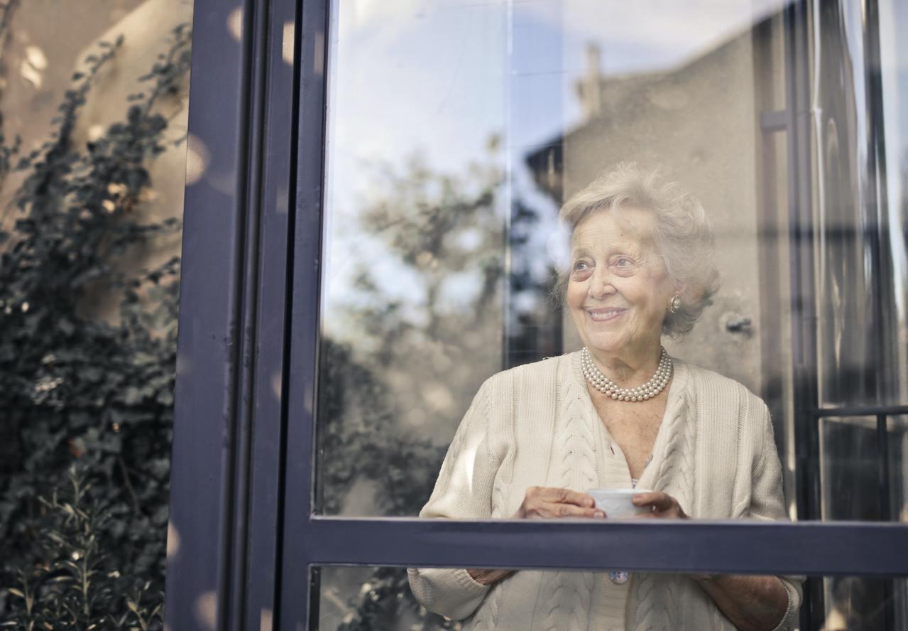 女人的老,比起男人的老,似乎是更嚴重的「錯誤」。 圖/pexels