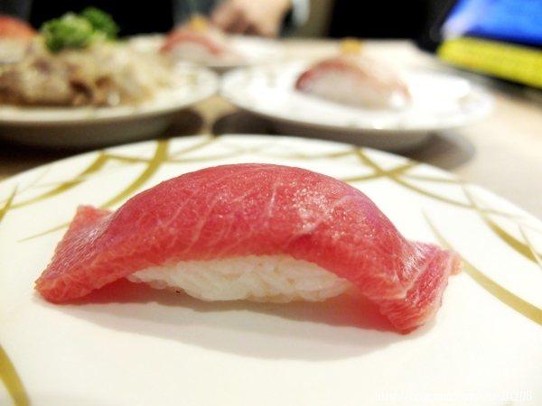 推薦必點日本黑鮪魚大腹,油花偏多,擁有豐富鮮嫩的油脂口感