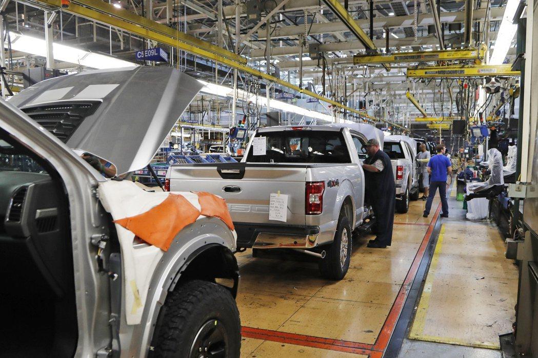 福特汽車在美國密西根州Dearborn組裝廠的檔案照片。 美聯社