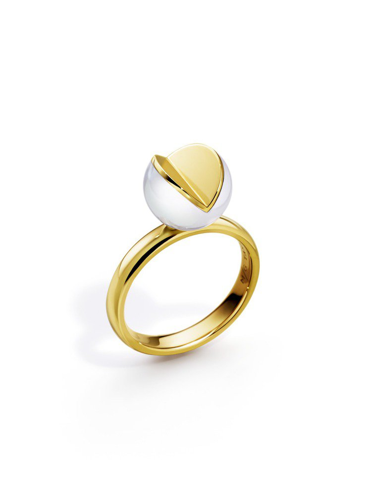 M/G TASAKI系列WEDGE珍珠黃K金戒指,77,700元。圖/TASAK...