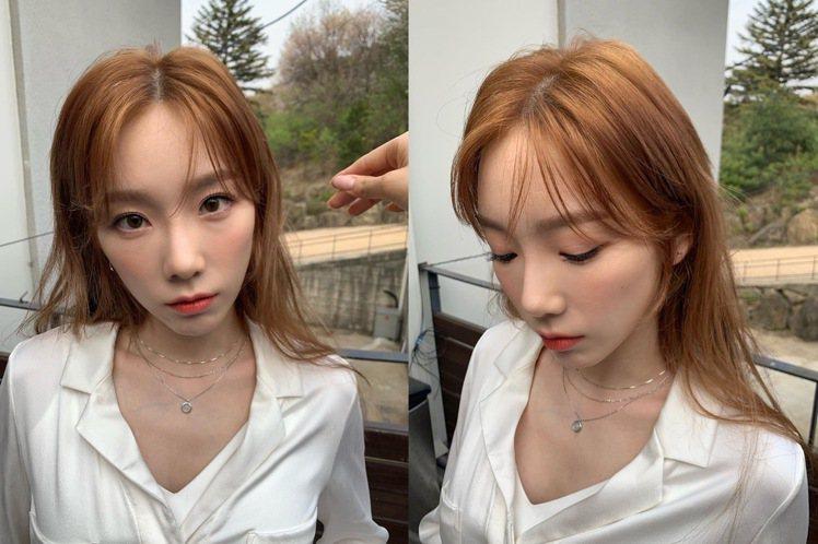 太妍的新髮色,在陽光下更迷人。圖/摘自IG