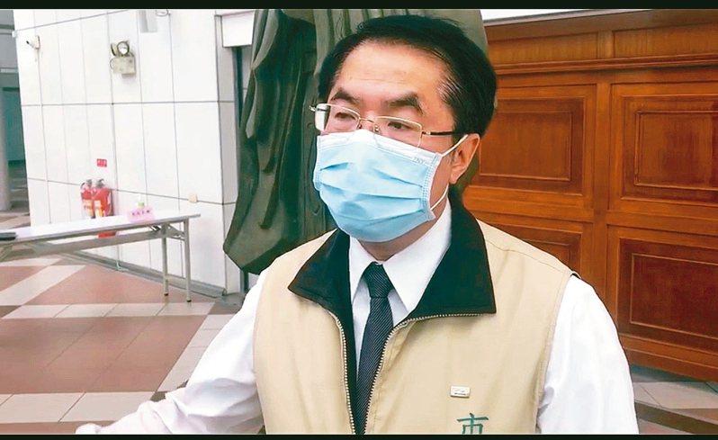 台南市長黃偉哲昨天為了景點警示再度砲轟交通部。 記者修瑞瑩/攝影