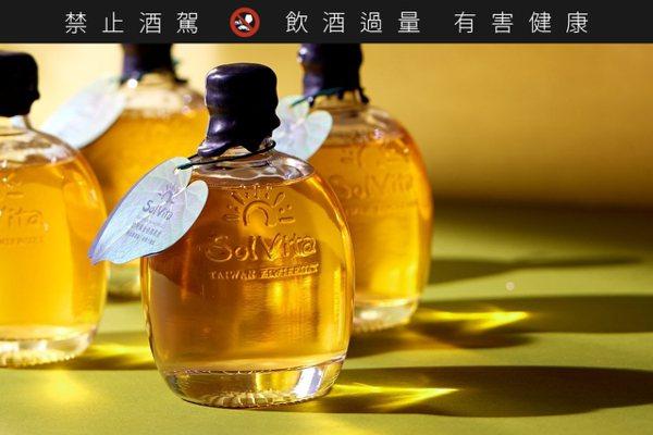台灣首支「黃金奇異果酒」 2020早春500支限量上市
