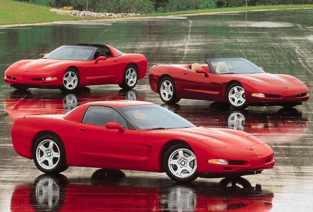 Chevrolet Corvette C5。 摘自Chevrolet