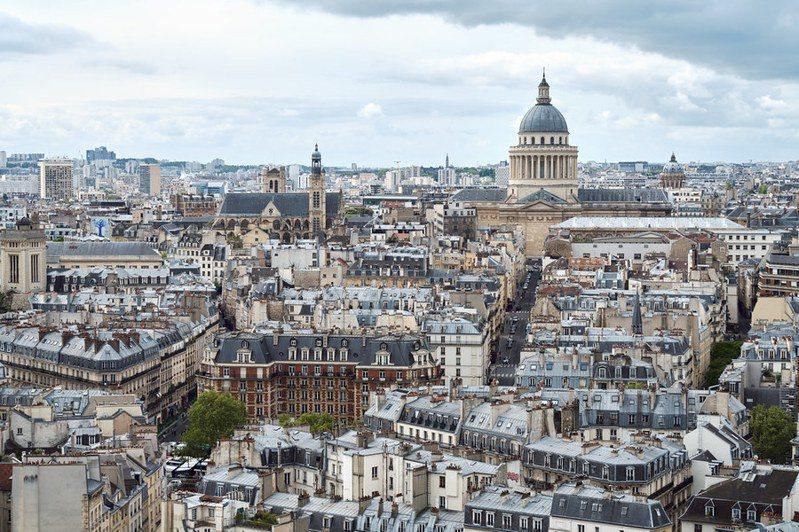 法國宣布將逐步解封。歐陸大國中,德國目前解封速度最快,英國仍擔心第二波疫情所以不敢輕易開放。(Photo by Pedro Szekely on Flickr under C.C License)