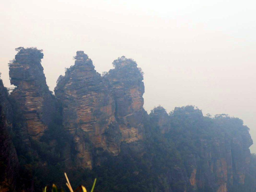 藍山 (Blue Mountains)的三姊妹岩(Three Sisters)