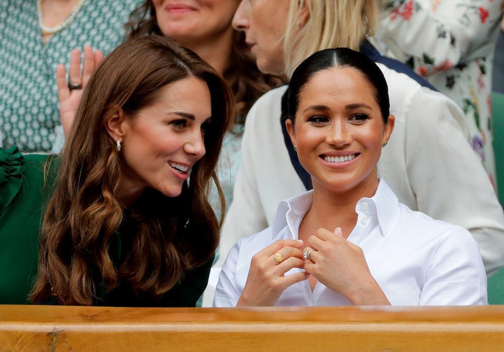 梅根(右)被傳對英皇室獨厚凱特氣在心裡。圖/路透資料照片