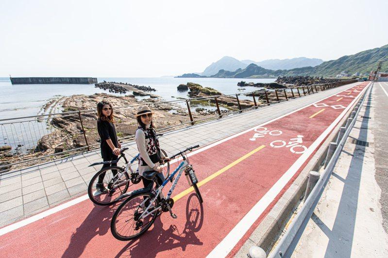 基隆望海藍帶鐵馬自行車道完工,無敵海景盡攬網美也愛。圖/基隆市政府提供