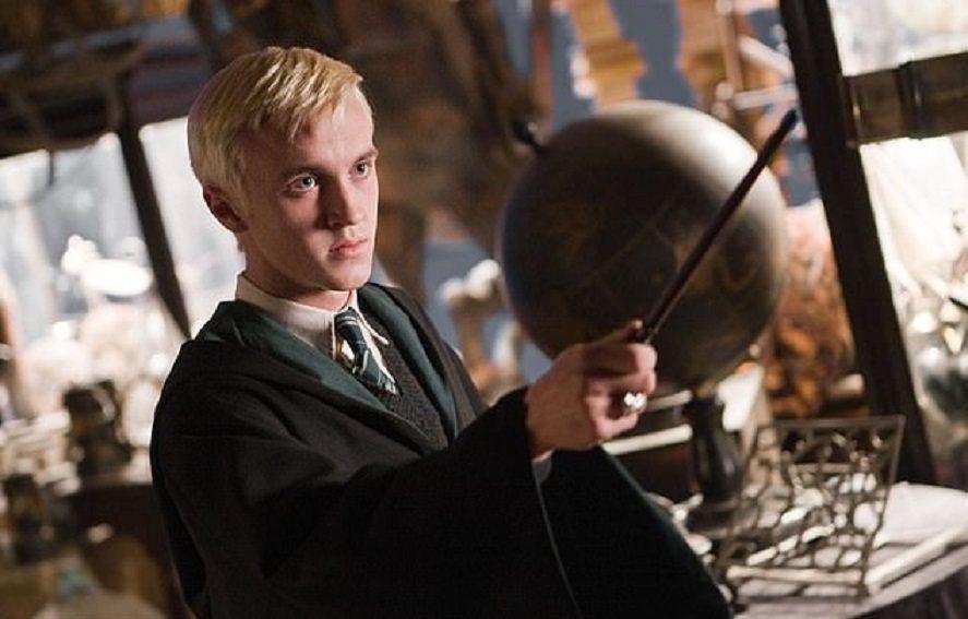 湯姆費頓在「哈利波特」系列電影中扮演跩哥馬份而知名度大開。圖/摘自imdb