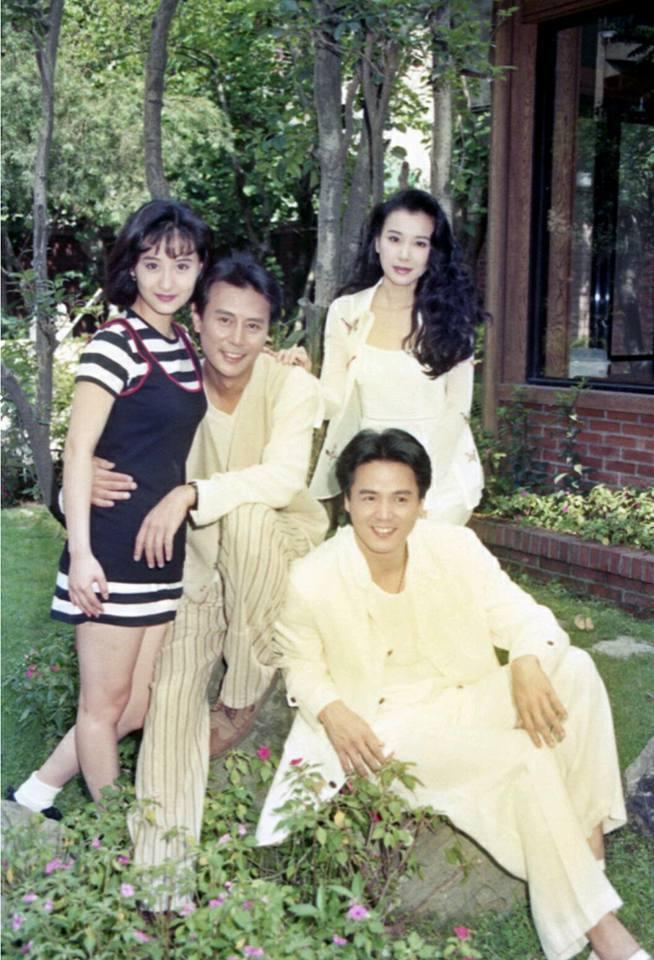 陳德容(左)當年20幾歲演「一簾幽夢」和大她20幾歲的劉德凱配對,至今讓她不敢看...