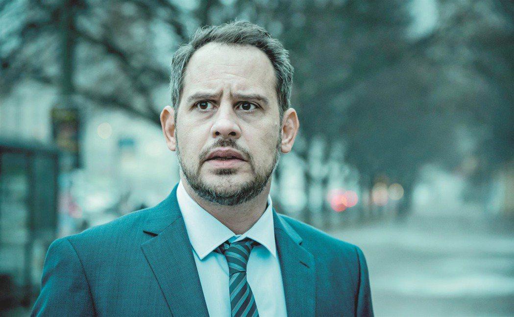 「抽屍剝繭」由柏林影帝莫里茲布雷多主演。圖/海鵬提供