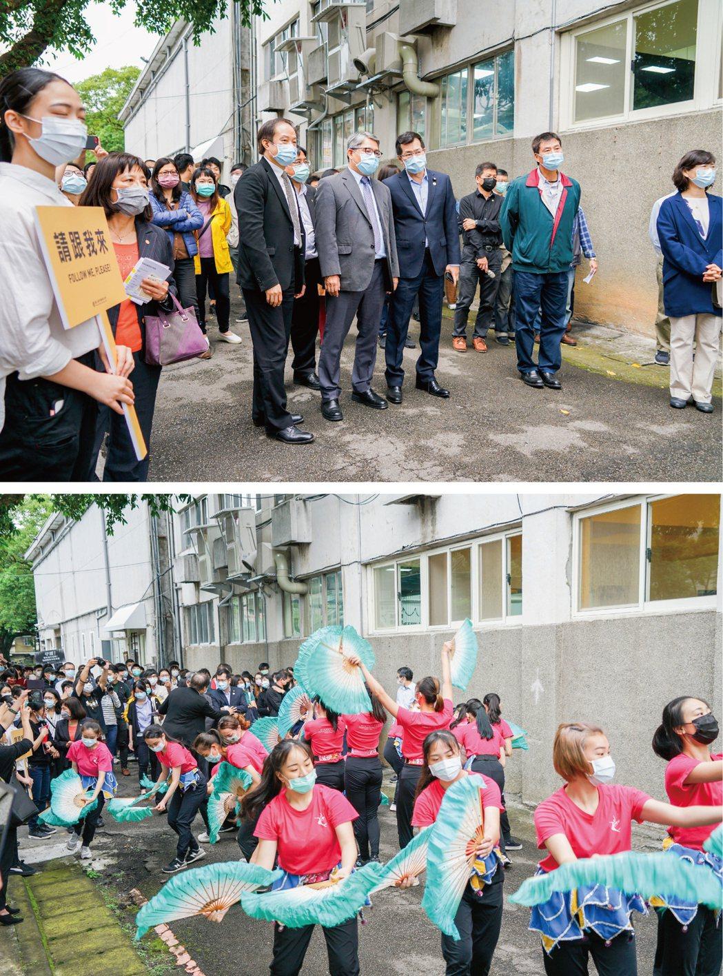 台藝大學生為迎接來訪貴賓,準備了精彩的扇子舞表演。臺灣藝術大學/提供