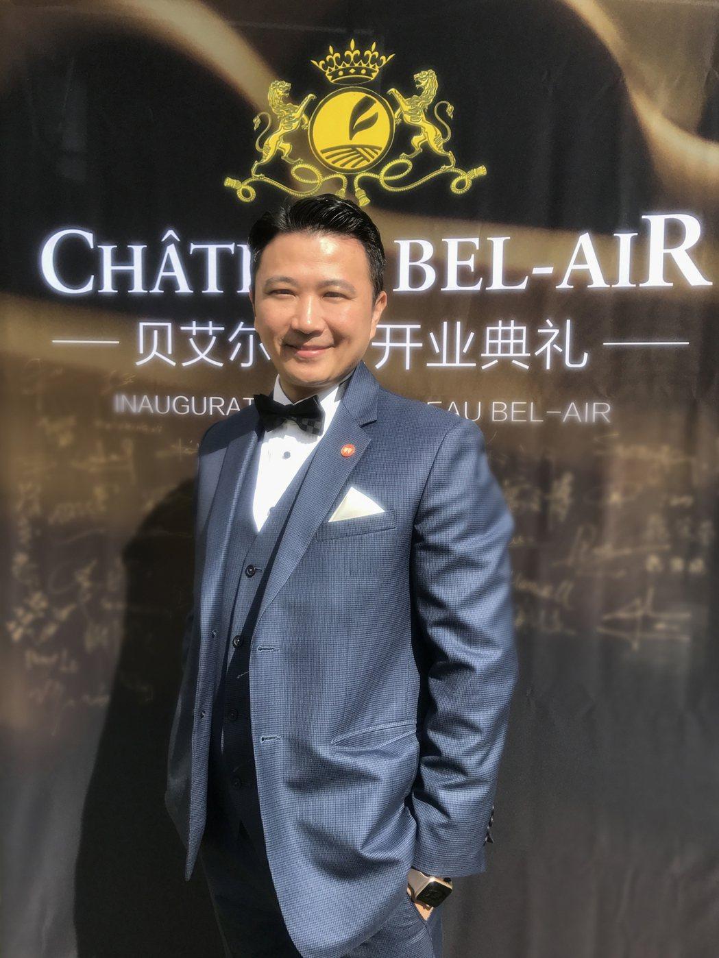 呂政璋是目前極少數被授予「法國聖艾美隆魯拉德騎士勳章」的臺灣人之一。 吳青常/翻...