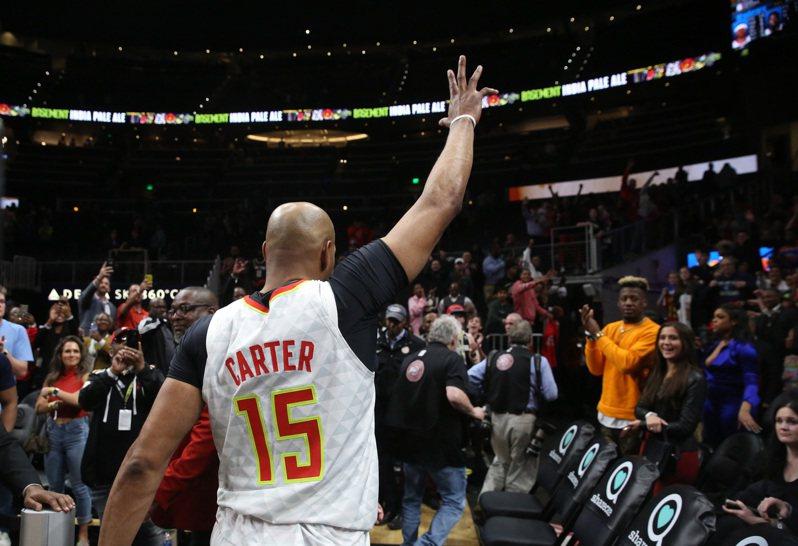 NBA復賽方案不包含老鷹隊,代表今年球季結束高掛球鞋的卡特被迫提前退休。。 路透
