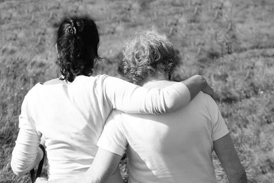 我們期望兩代之間情感親密,除了經營親子關係,我覺得最重要的,還是經營自己。 圖/...