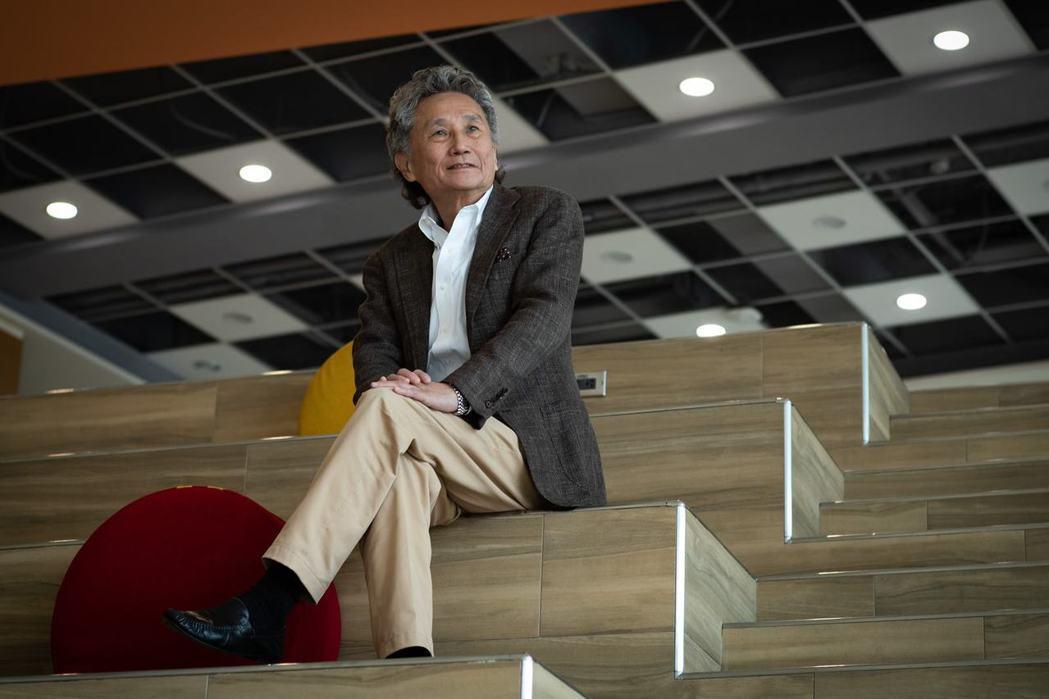 逢甲大學董事長高承恕認為大學需要企業化經營,力抗少子化威脅。(黃明堂攝)