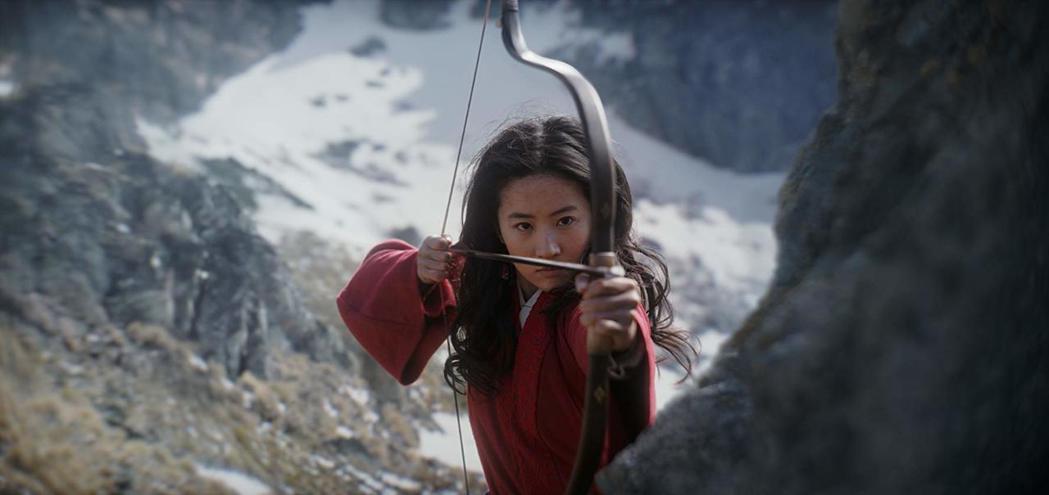 「花木蘭」是因新冠肺炎檔期挪後、要最早登場的好萊塢大片之一。圖/摘自imdb