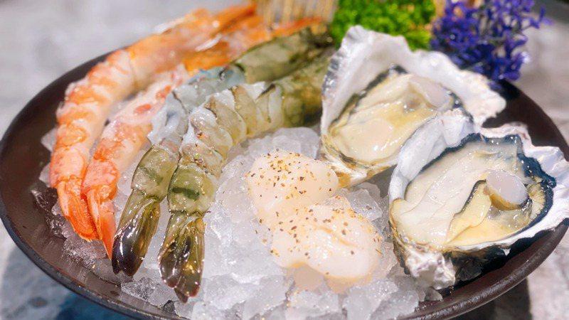 同行者有女性,即可無限供應野生大虎蝦、廣島牛奶牡蠣、天使紅蝦、北海道生食級干貝等食材。圖/佐賀野人提供