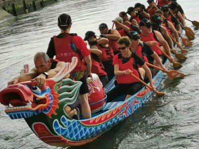 疫情讓許多縣市取消龍舟競賽,歷經長時間評估,台北市體育局長李再立宣布,2020台北端午龍舟錦標賽將如期在6月25、26日舉辦。圖/擷取自2020臺北端午龍舟錦標賽網站