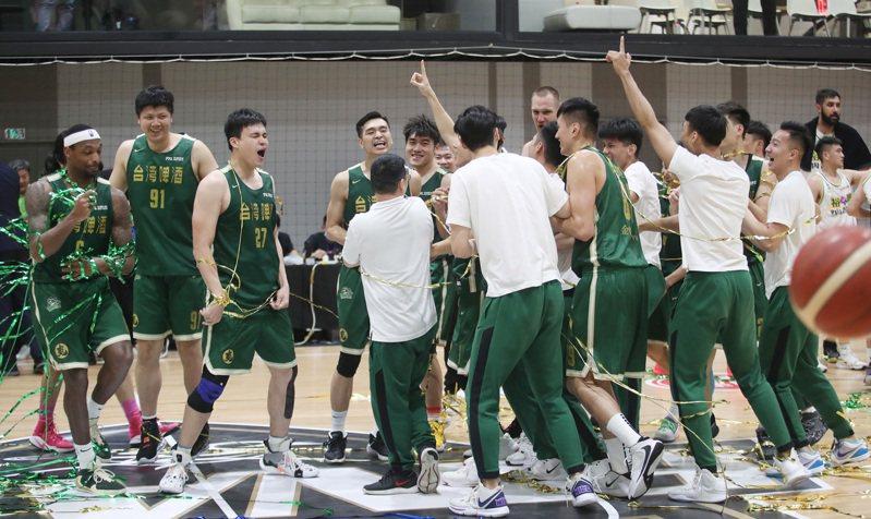 台灣籃壇有可能分裂成兩個聯盟,籃協想整合卻有苦難言。 聯合報系資料照片