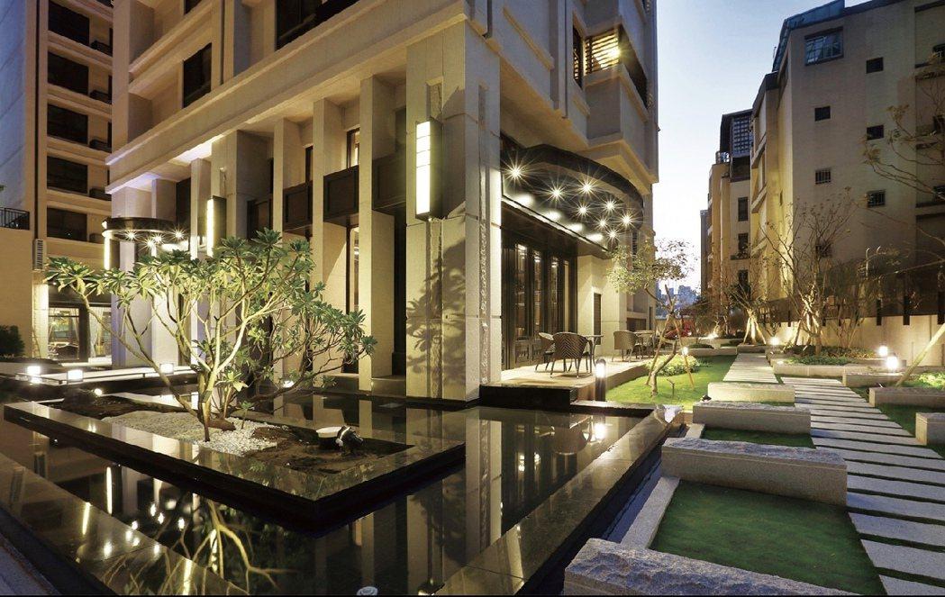 河堤苑 中庭實景。圖片提供/城揚建設