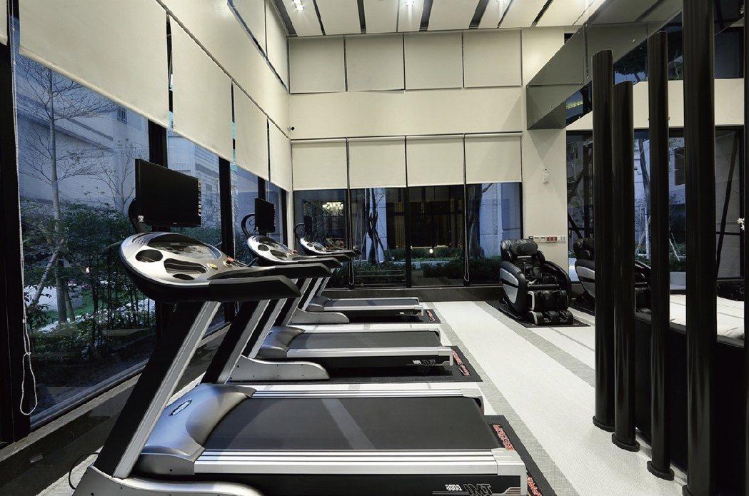 河堤苑 健身房實景。圖片提供/城揚建設