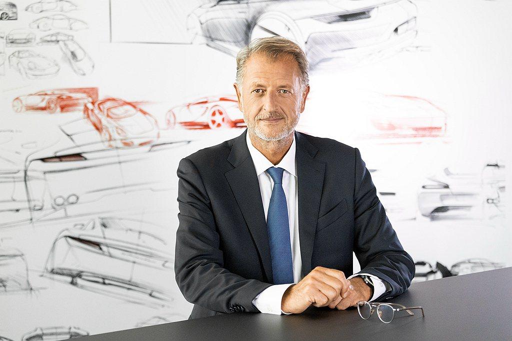 保時捷銷售與行銷主管Detlev von Platen表示:我們很清楚新冠病毒對...