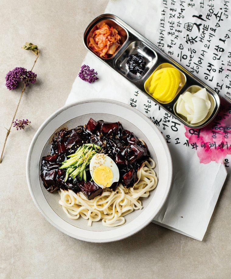 韓式炸醬麵。圖/台灣廣廈 提供