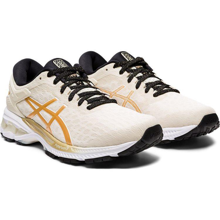 亞瑟士GEL-KAYANO 26慢跑鞋4,980元。圖/ASICS提供