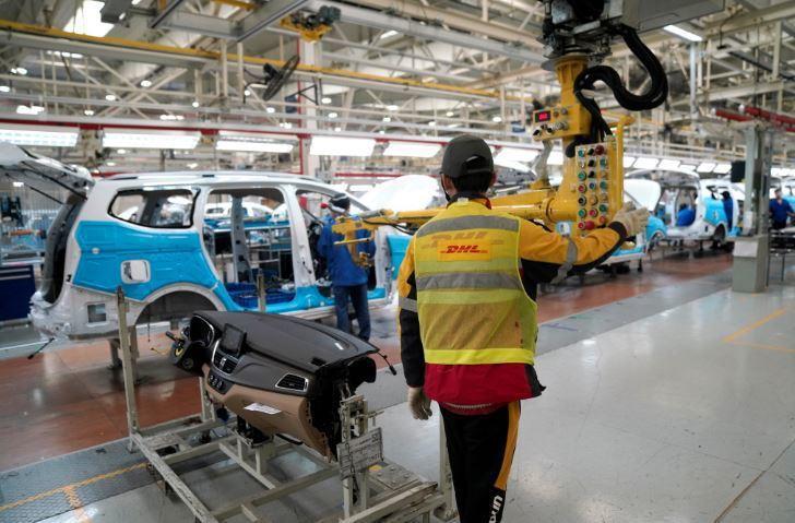 美國4月ISM製造業指數降至11年低點。路透