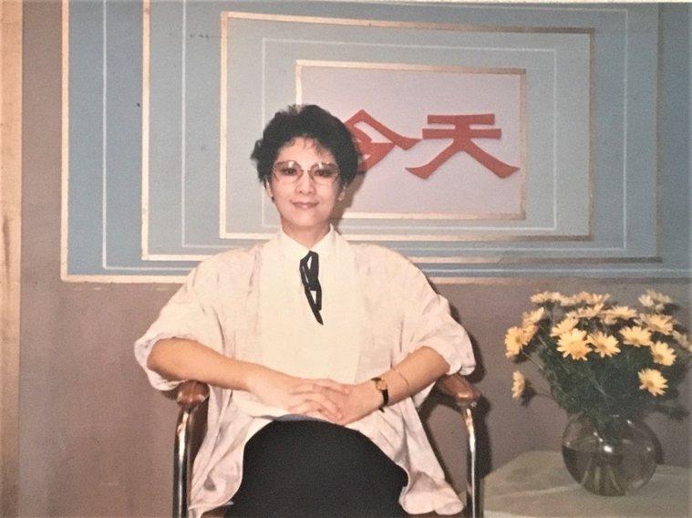薇薇夫人主持華視《今天》長達16年,是台灣電視史上第一個專為家庭主婦製作的節目,...