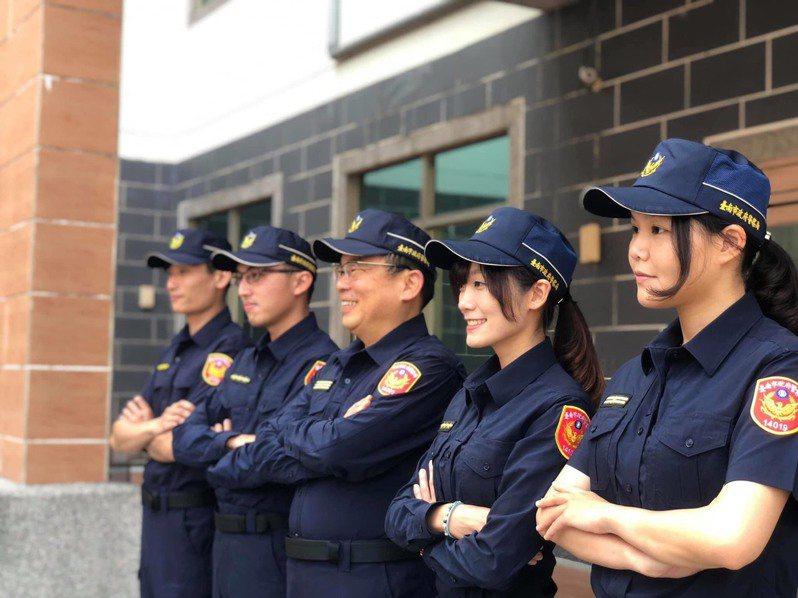 台南市警四分局宣導反詐騙,女警以不輪轉台語宣導反而引起關注。記者黃宣翰/翻攝