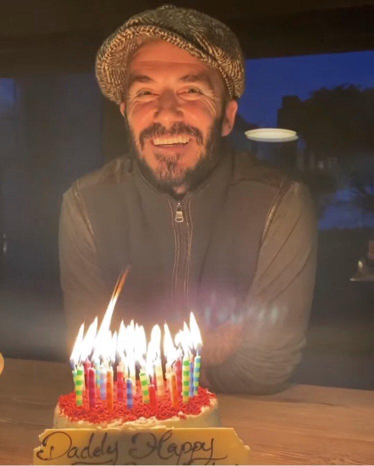 貝克漢於5月2日度過45歲生日,與家人開心慶生。圖/摘自IG