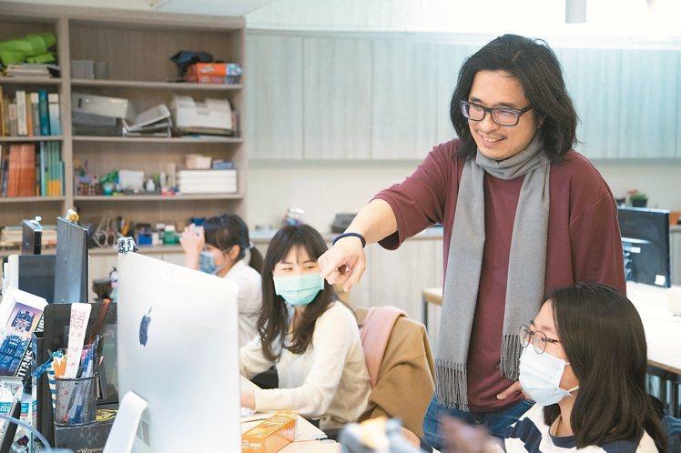 葉丙成也是公司CEO。 陳立凱/攝影