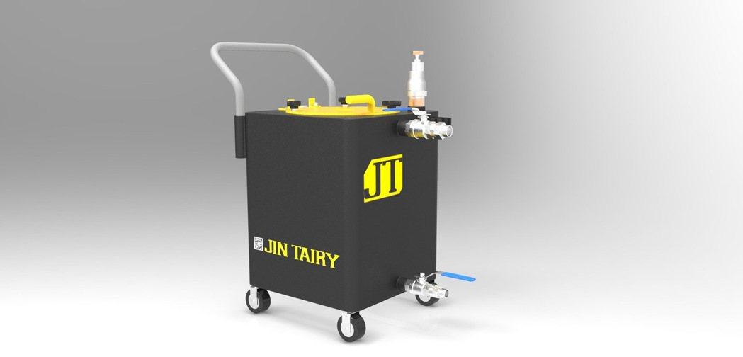 郡泰電子有限公司新推出「乾濕兩用吸屑機」。 郡泰/提供