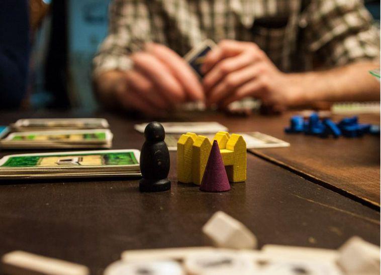 桌遊有非常多種玩法與形式,每一款遊戲都有其富含的意義。 圖/摘自仁寶i照護