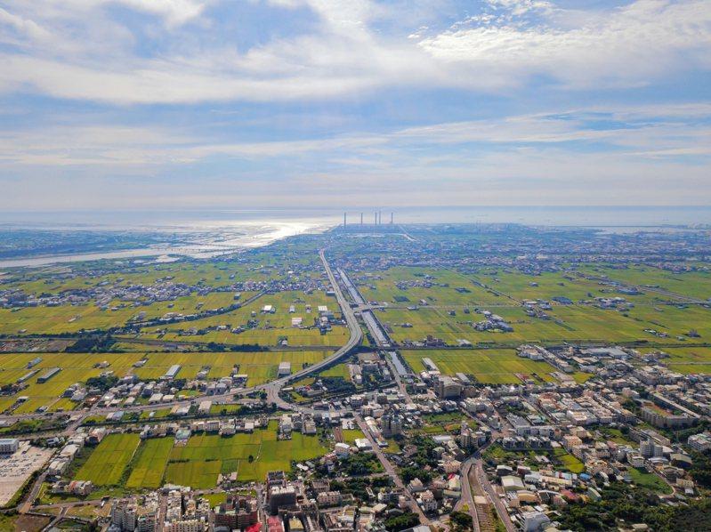 台中市幅員廣大,是全台縣市面積第6大的城市。圖/ingimage