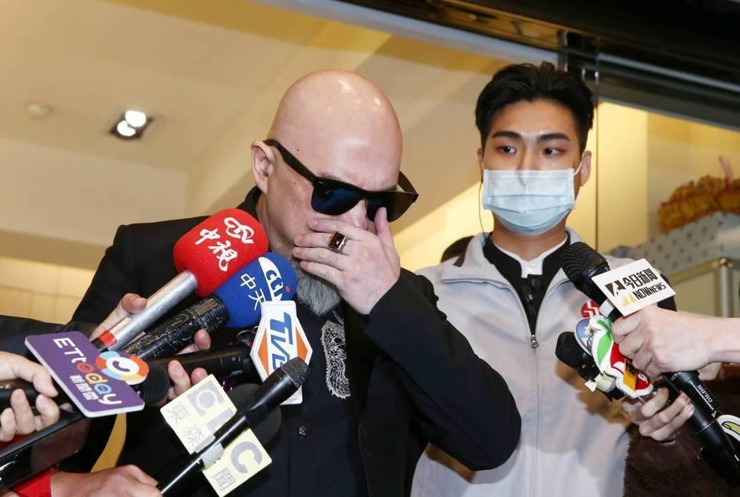 辛龍深陷失去愛妻劉真的痛苦。記者曾原信/攝影