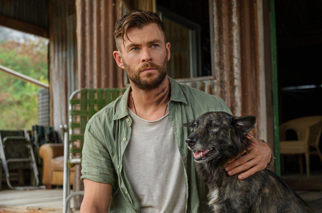 「雷神索爾」克里斯漢斯沃主演動作新片「驚天營救」大破Netflix點閱紀錄。圖/...