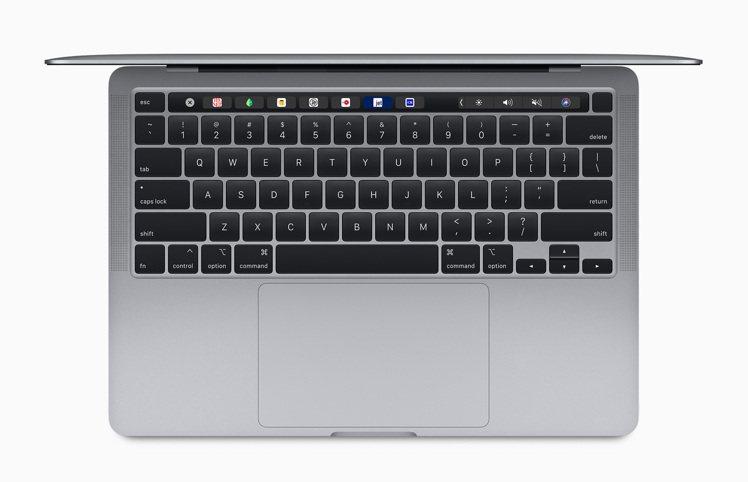 13 吋MacBook Pro的巧控鍵盤配備倒T形排列的方向鍵、實體Escape...